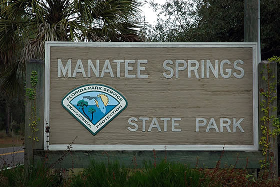 manatee springs state park sign