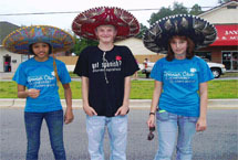 Spanish Club students pose in Spanish hats